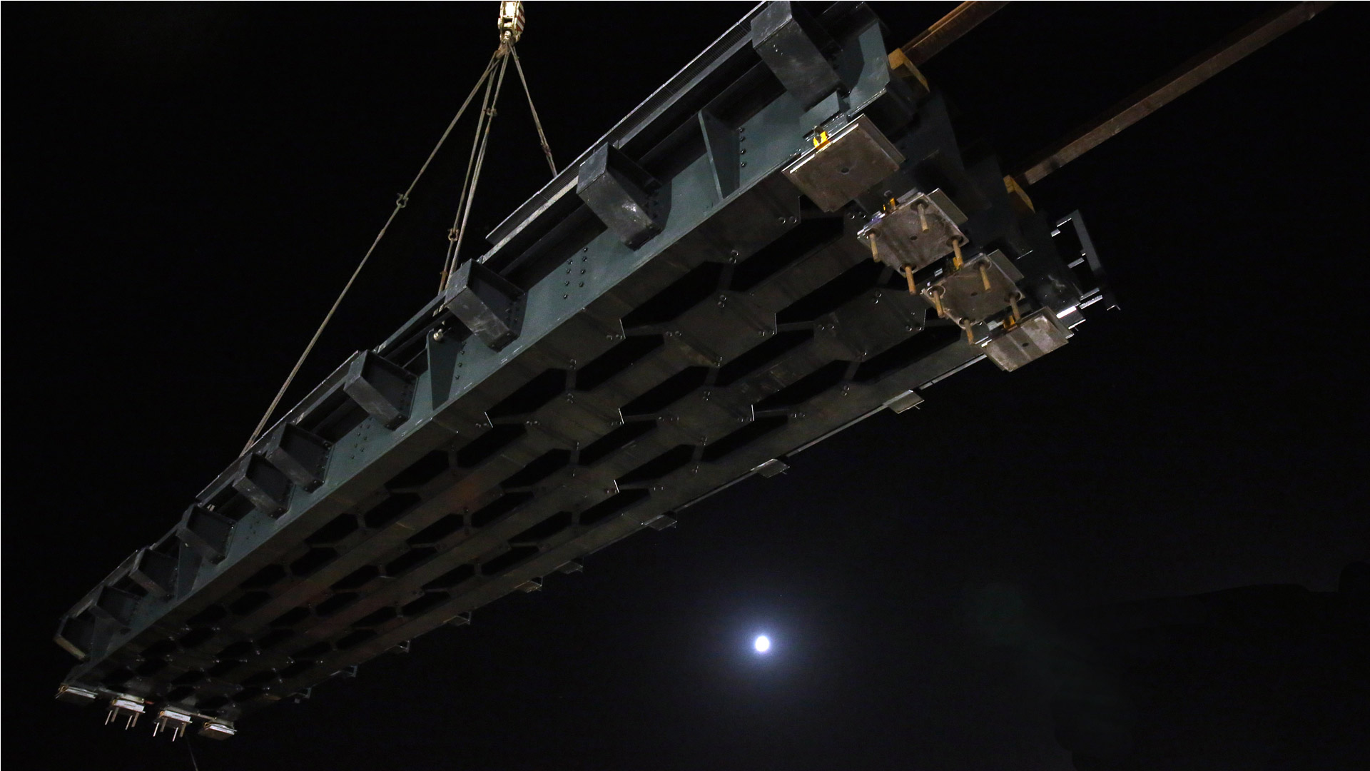 ponte-ferroviario-ninfa-sollevamento-metal-engineering-carpenteria-metallica-civile